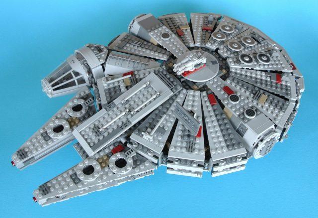 75105 Millennium Falcon modello 2