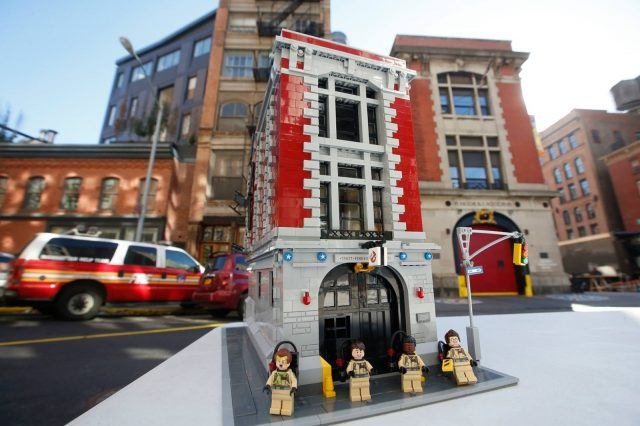 75827 Ghostbusters Firehouse Headquarters 2