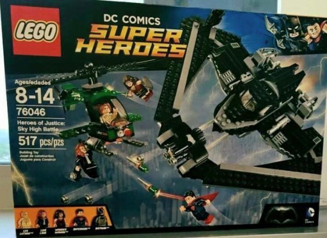 LEGO 76046 DC Comics Super Heroes Heroes of Justice Sky High Battle