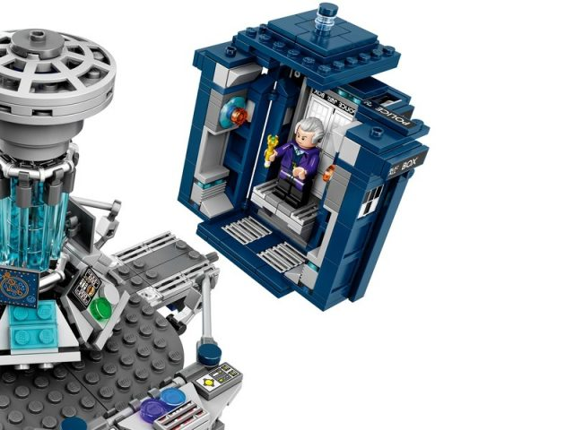 LEGO Ideas 21304 doctor who 4
