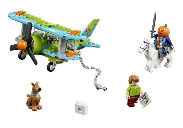 LEGO Scooby Doo 75901 Mystery Plane Adventures 2