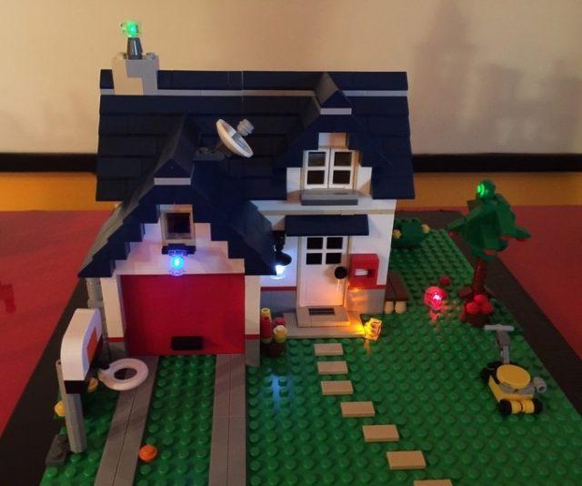 Set LEGO Creator con 6 Lit Brix di i-Brix