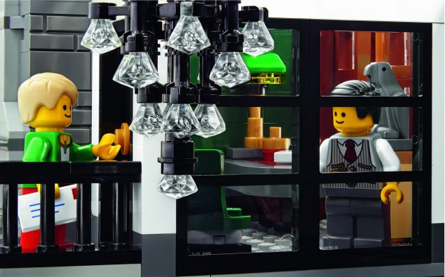 lego 10251 Modular Brick Bank 10