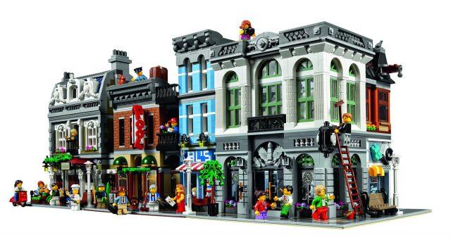 lego 10251 Modular Brick Bank 5