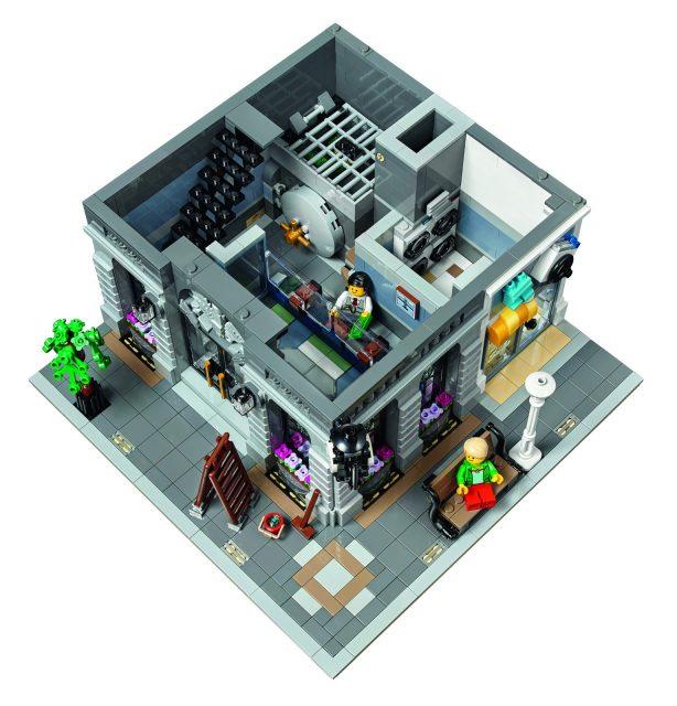lego 10251 Modular Brick Bank 6
