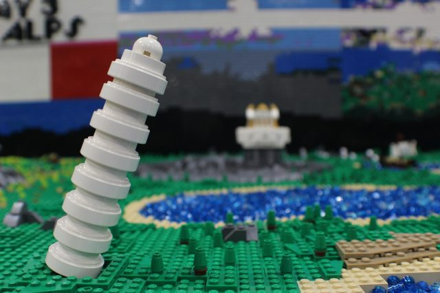 lego moc around the world in 80 days torre di pisa