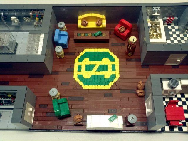 La MOC LEGO del deposito di Zio Paperone