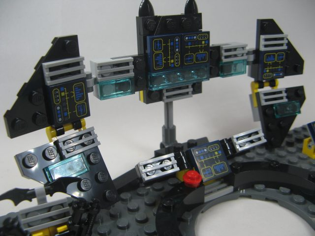 lego-dimensions-batman-movie-batcomputer-dettaglio-1