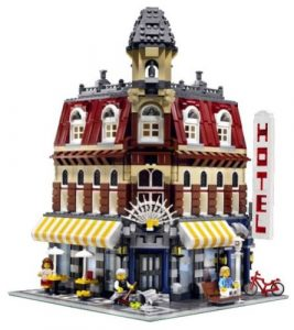LEGO 10182 - Cafe Corner