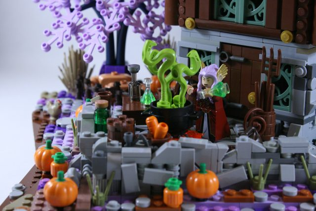 LEGO Ideas Cottage della Strega-Elfo 5