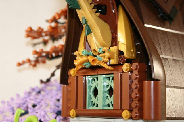 LEGO Ideas Cottage della Strega-Elfo 6
