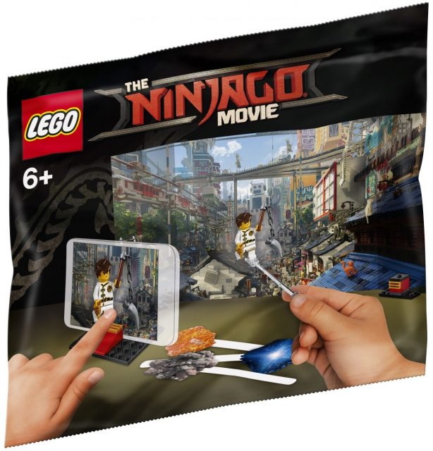 The LEGO Ninjago Movie Movie Maker Polybag (5004394)