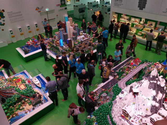 LEGO House Diorami