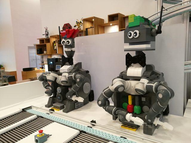 LEGO House Ristorante Robots