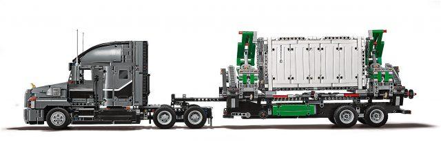 LEGO Technic - Mack Anthem (42078) 3