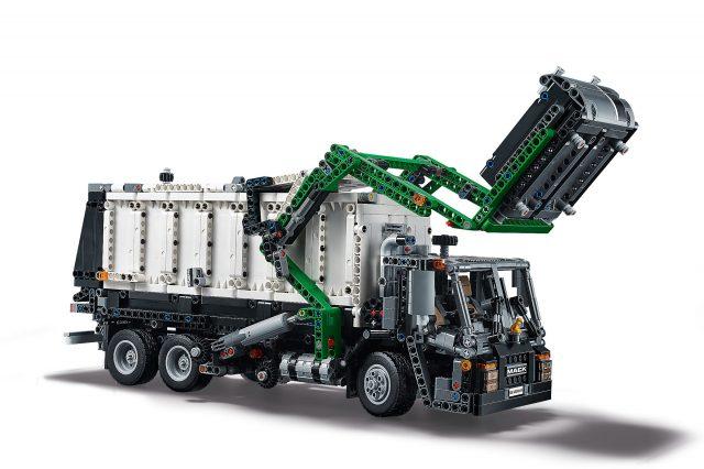 LEGO Technic - Mack Anthem (42078) B-Model