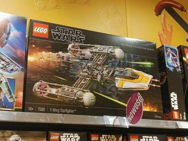 LEGO Star Wars UCS 75181 Y-wing Starfighter ingrandimento