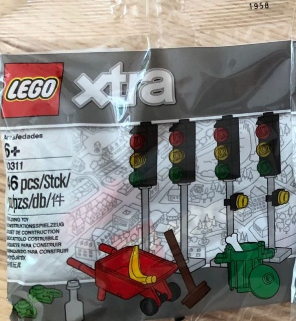 LEGO xtra Traffic Lights