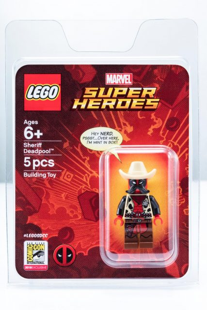 Sheriff deadpool minifigure