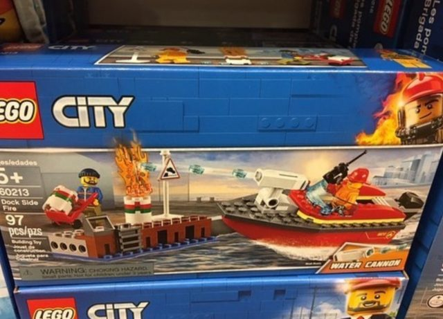 LEGO City Dock Side Fire (60213)