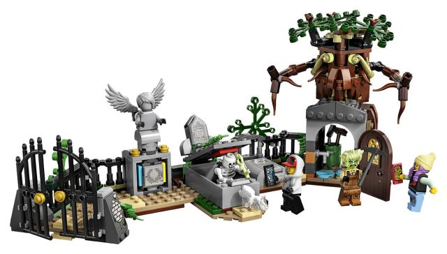 LEGO Hidden Side Graveyard (70420)