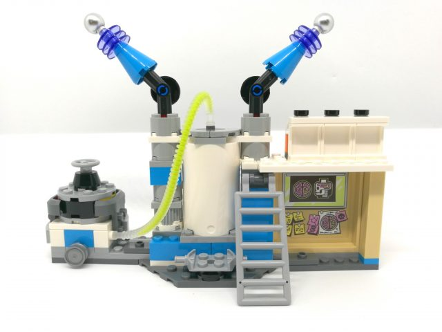 LEGO Hidden Side 70418 - Il Laboratorio Spettrale di J.B