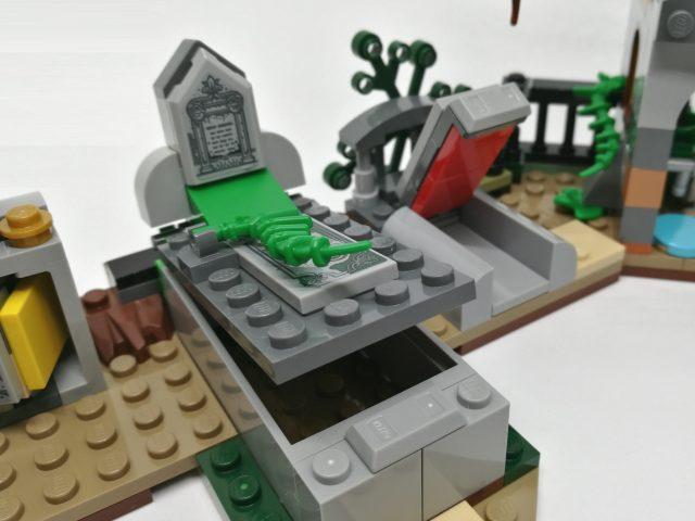 LEGO Hidden Side 70420 - Mistero nel Cimitero