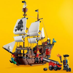 LEGO-Creator-31109-Pirate-Ship
