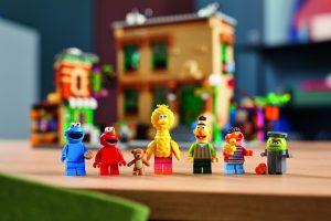 LEGO-Ideas-21324-Sesame-Street