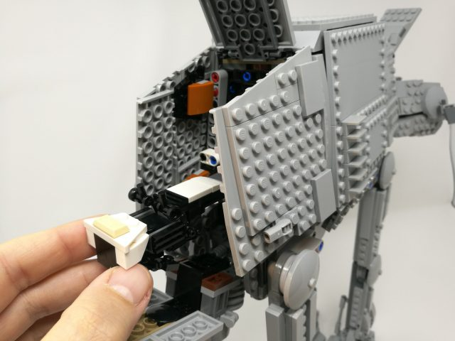 LEGO Star Wars 75288 - AT AT