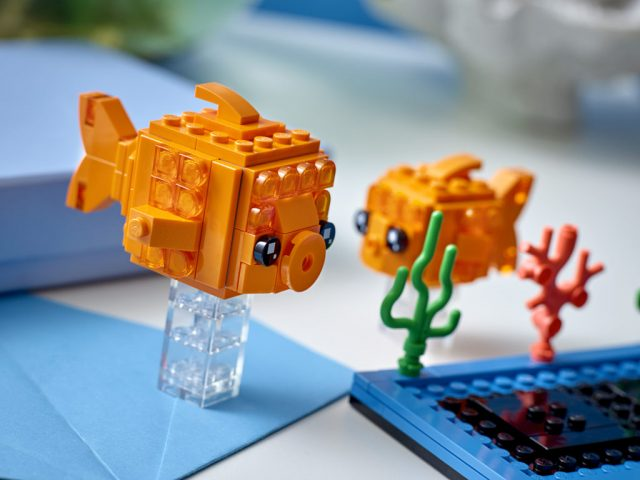 LEGO-BrickHeadz-40442-Goldfish