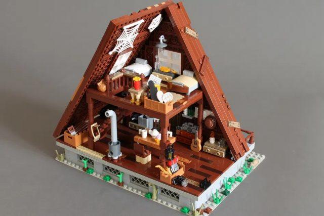 LEGO-Ideas-A-frame-cabin-interior