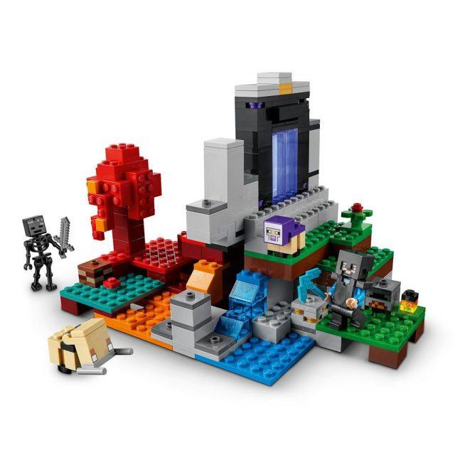 LEGO-Minecraft-The-Ruined-Portal-21172