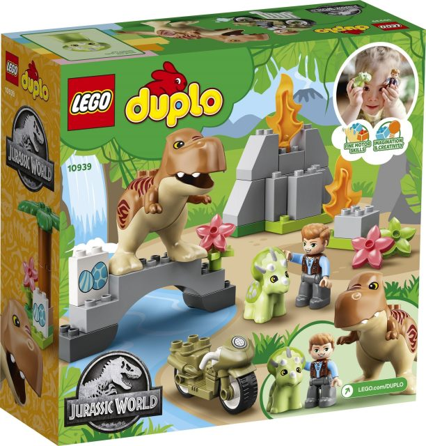 T.-rex-and-Triceratops-Dinosaur-Breakout-10939-2