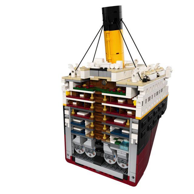 LEGO-Titanic-10294